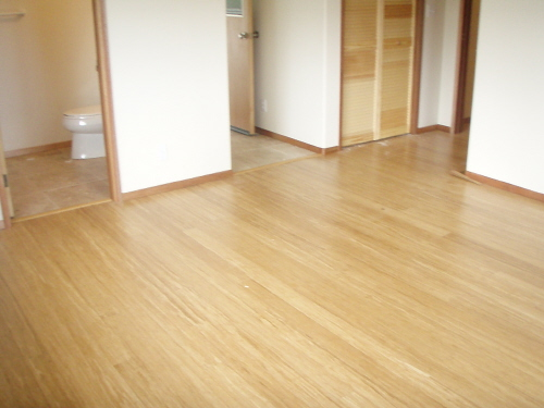 Bamboo flooring beautiful bamboo flooring desktop for Strand woven bamboo flooring pros and cons